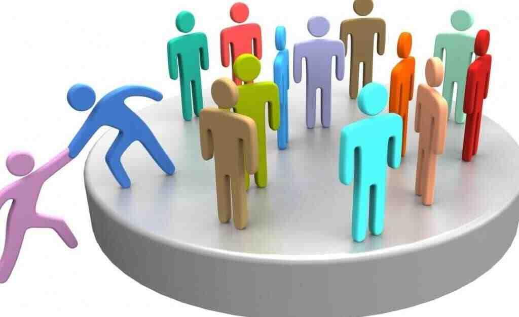 Comment socialiser avec les autres