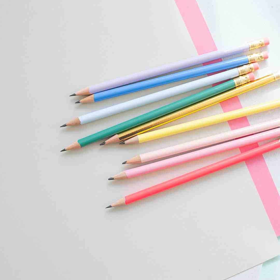 Comment construire une arbalète avec des crayons