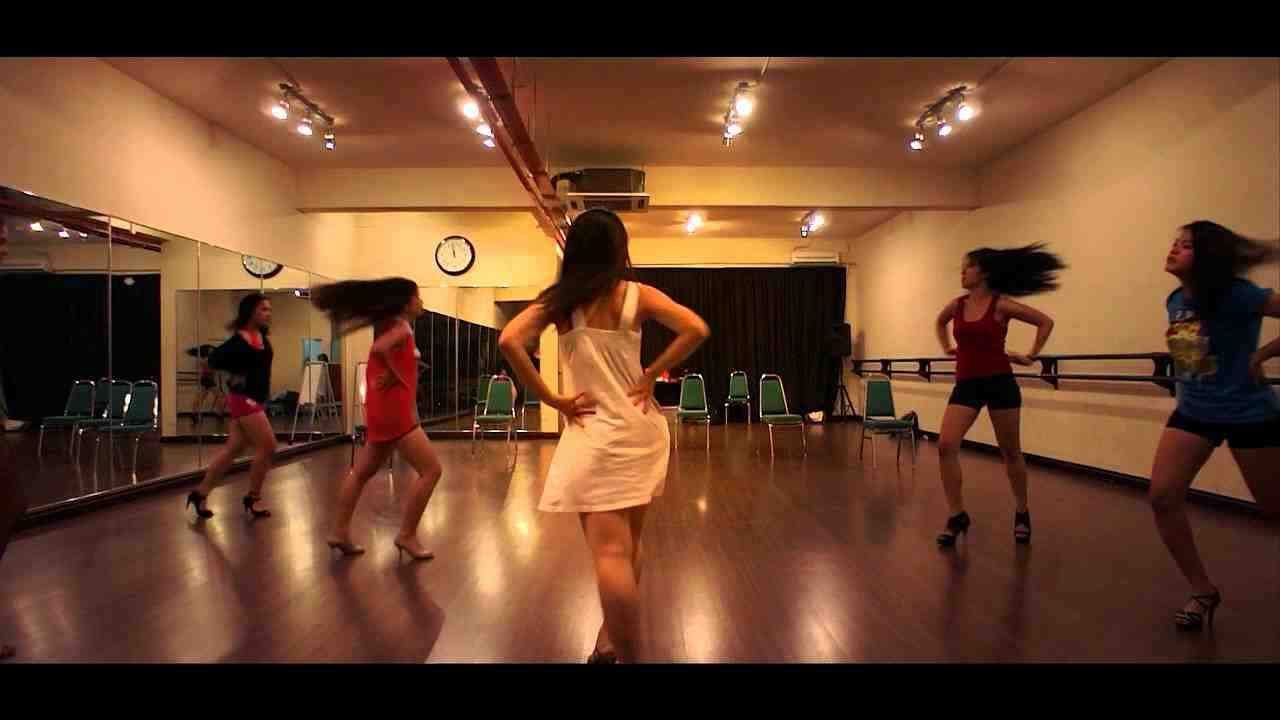Danse : Burlesque américain Comment apprendre à danser